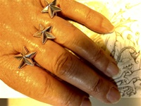 3 stars 3 wishes two finger ring