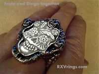 Frida and Diego together ring