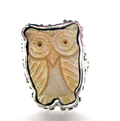 Silver Ring with Mother of Pearl Owl