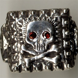 Tita's Pirate Skull Ring